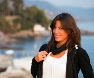 """Altidona. L'autrice e travelblogger Erika Mariniello aprte stasera la """"Terrazza vista mare"""""""