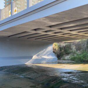 Ponte sul fosso Vallescura. Lavori di messa in sicurezza terminati. Da rimuovere l'area cantiere