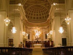 Festa della Dedicazione della Cattedrale di Fermo. L'Arcivescovo domani sera benedice gli oli santi