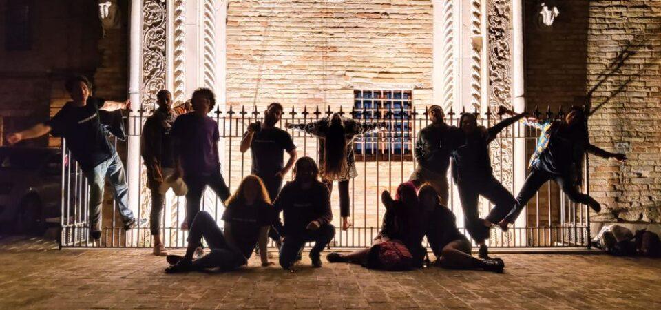 """Montegiorgio. I giovani si riuniscono in associazione…. """"Eccoppiazza"""" (qui in piazza)"""
