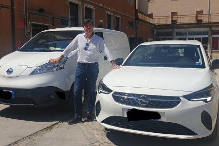 Due veicoli elettrici per il comune di Porto San Giorgio. Di Virgilio: «Un segnale per l'ambiente»